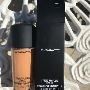 MAC studio fix fluid NW40
